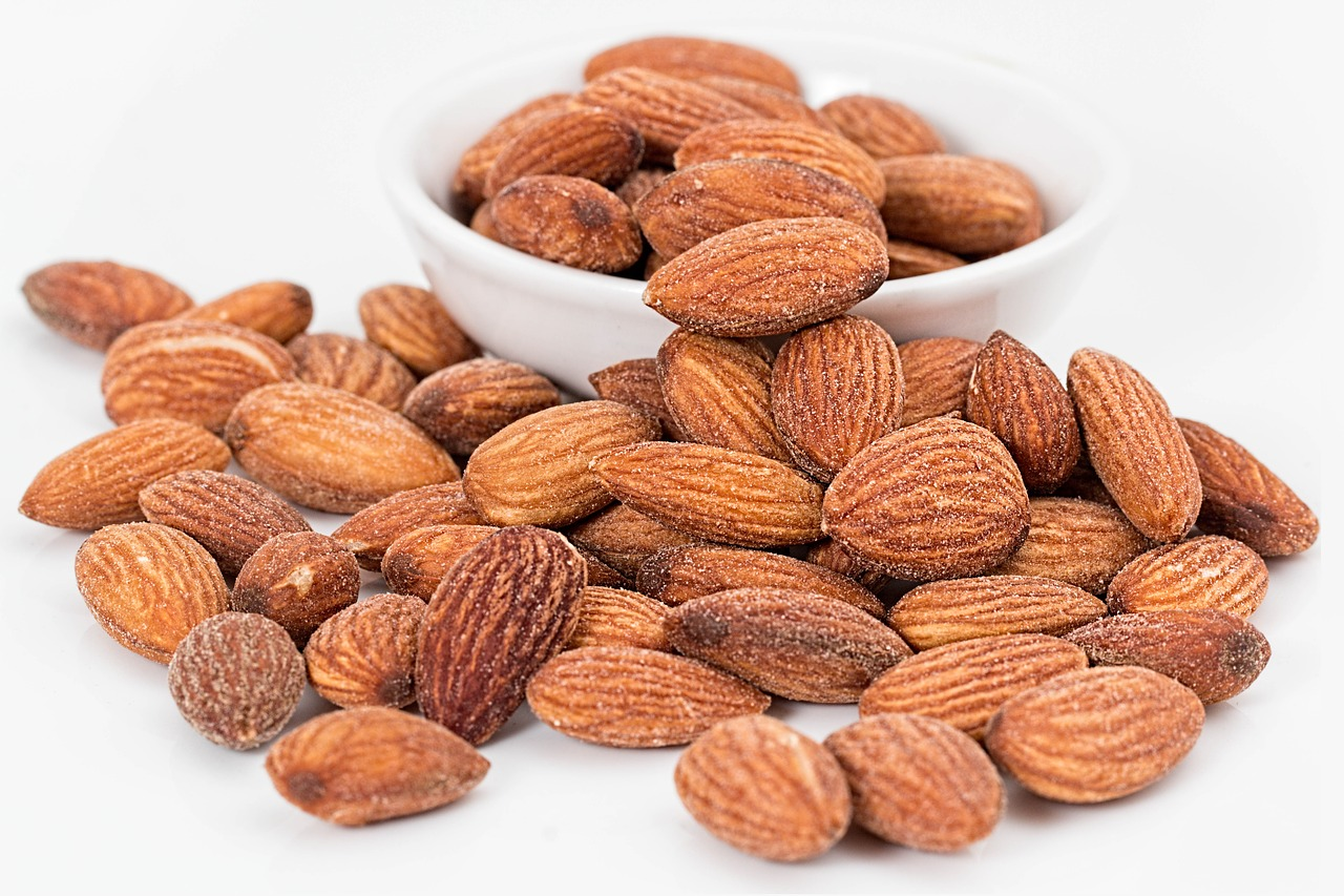 almonds-1768792_1280