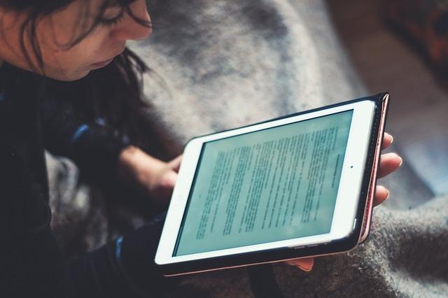 čtení na ebooku
